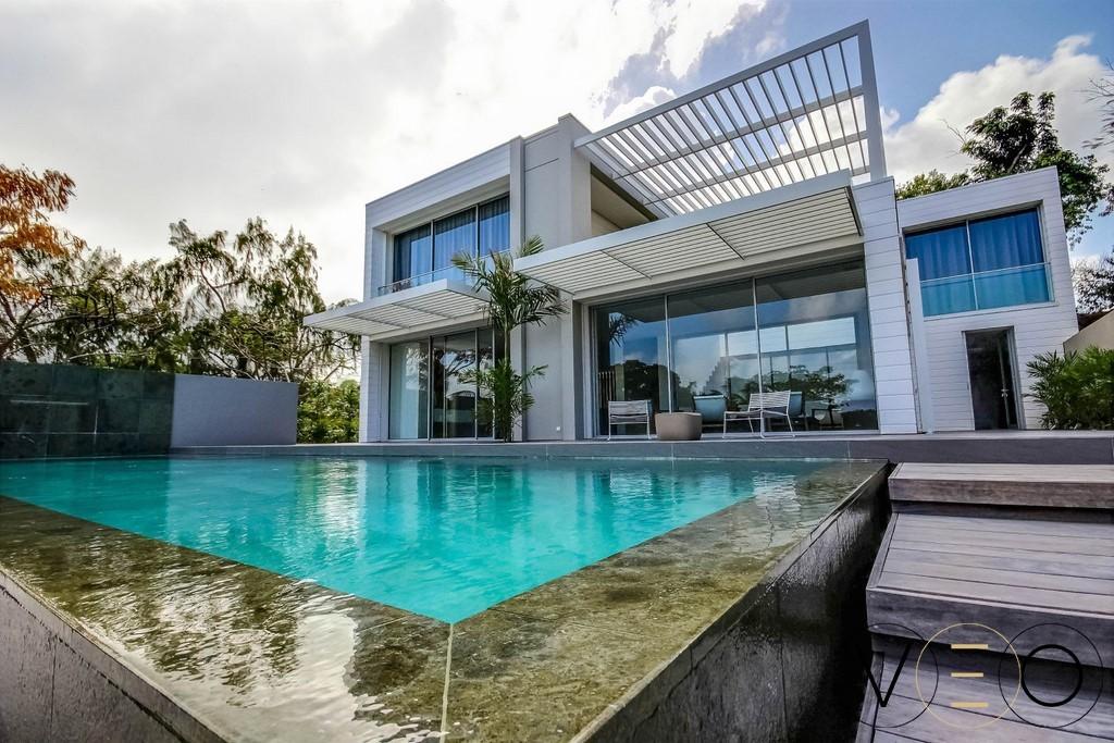 top 5 des locations de villas de luxe en martinique le magazine villaveo. Black Bedroom Furniture Sets. Home Design Ideas