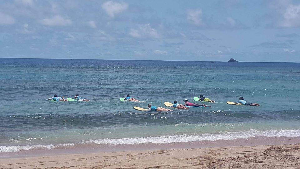 Apprenez à surfer en toute sécurité avec Martinique Surf Up