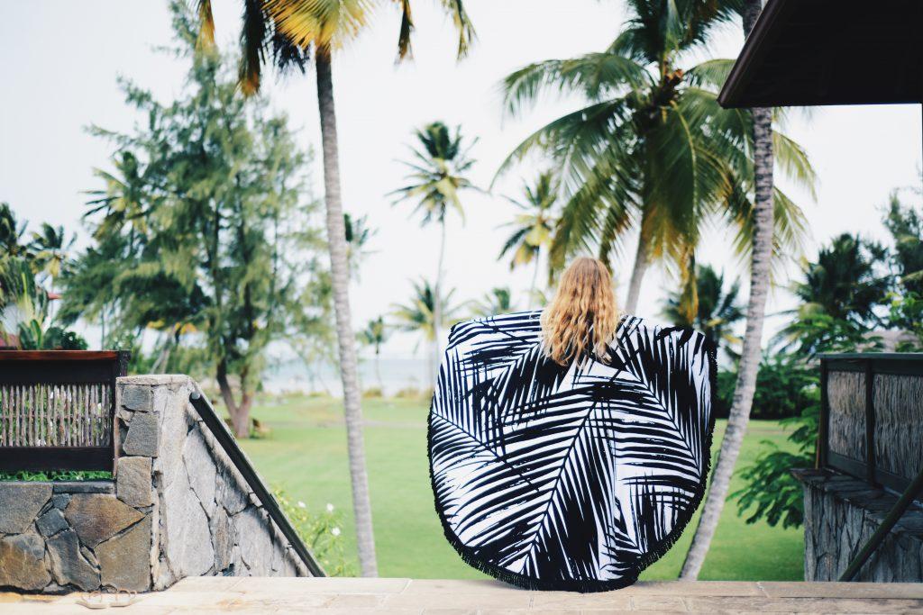 Pratique pour bronzer malin la serviette de plage de ronde