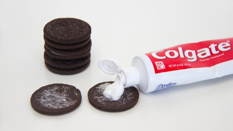 Biscuits-Oreo-pate-a-dents