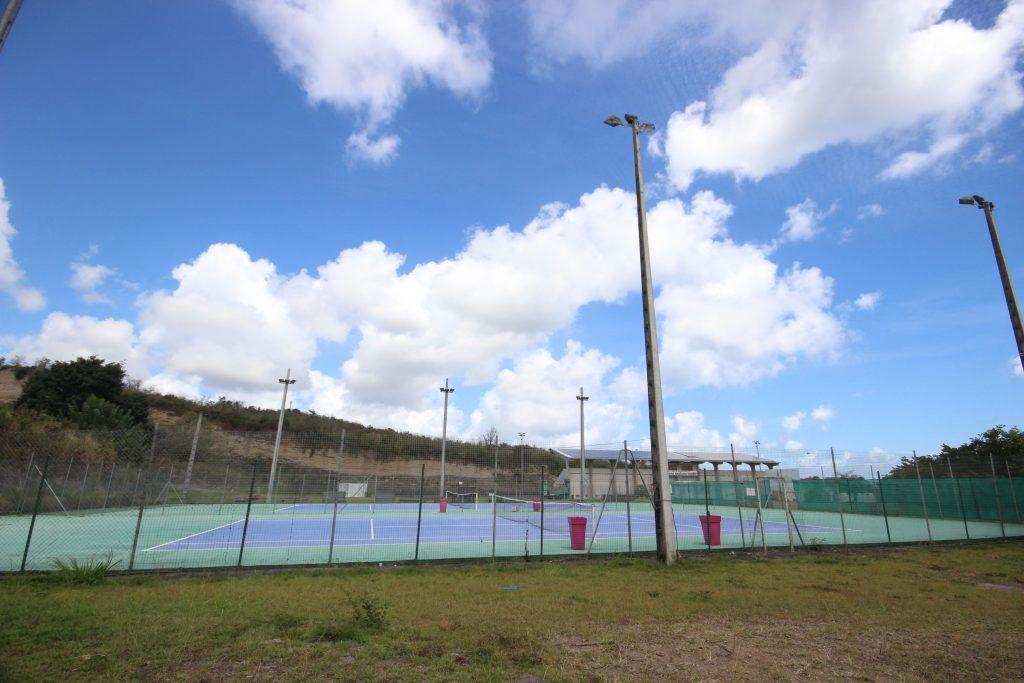 Terrain de tennis du Diamant en Martinique