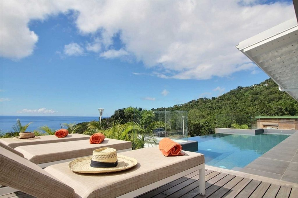 villa-tchantik-séjour-luxe-guadeloupe