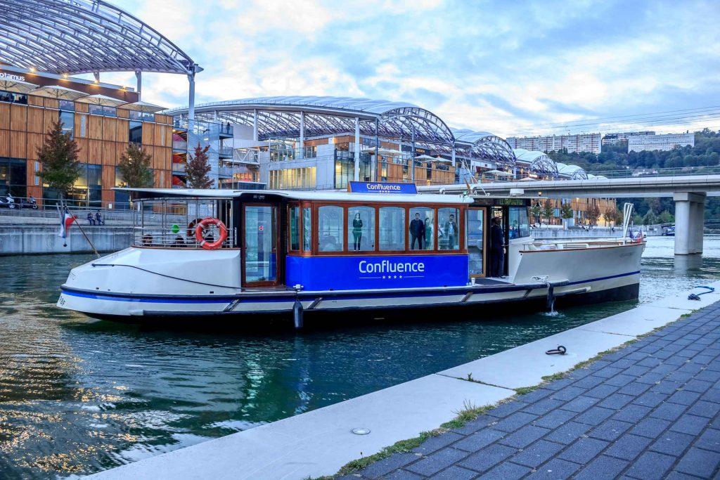 Se déplacer en bateau à Lyon