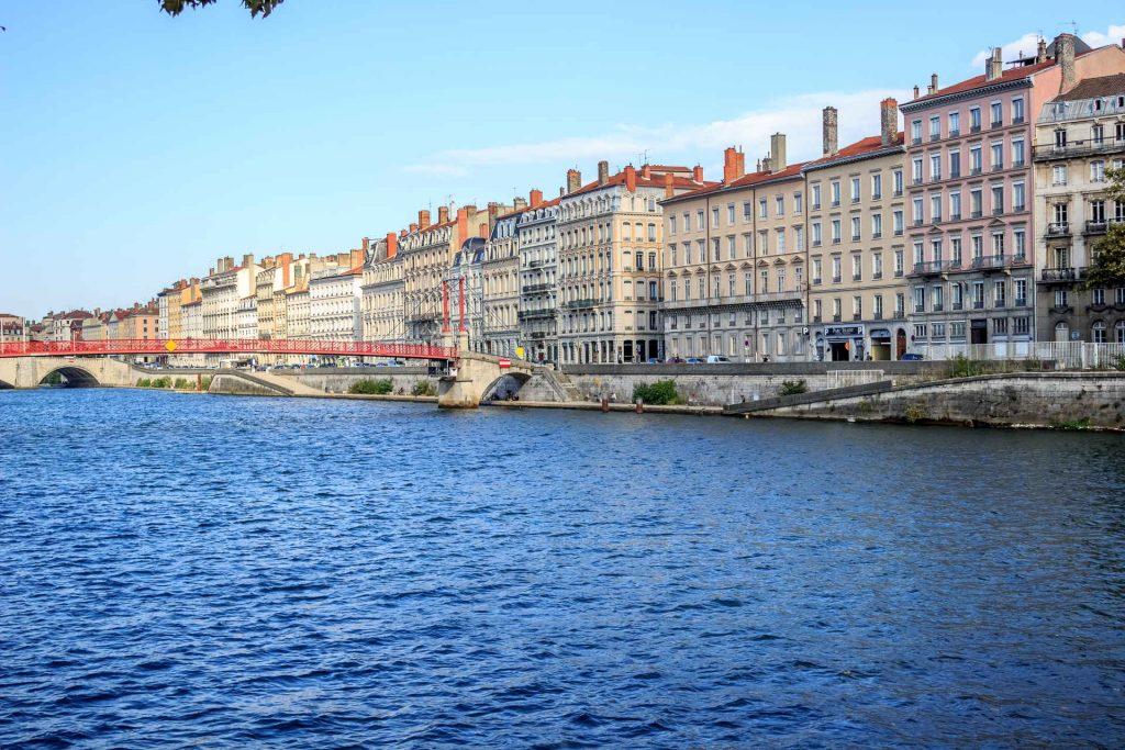Pallier aux réglementations de plus en plus strictes grâce au bail de mobilité à Lyon